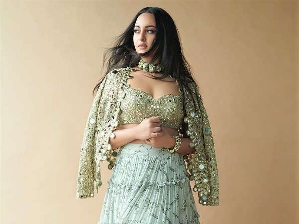 Sonakshi Sinha's Olive Green Tiered Skirt Set Would Make The Prettiest And Stylish Wedding Outfit