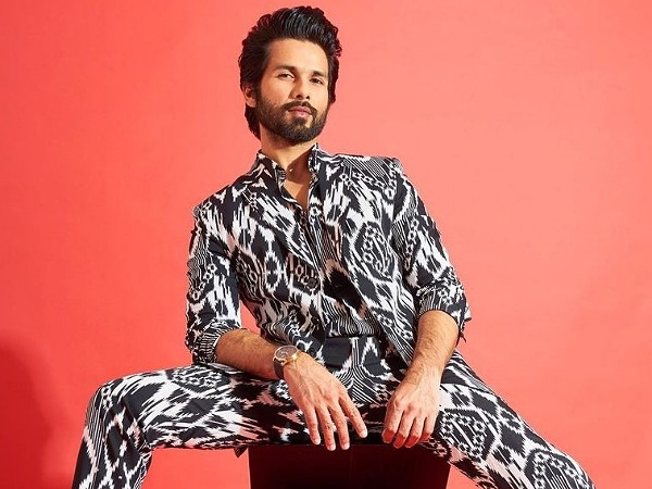 Happy Birthday Shahid Kapoor: From Ethnic To Funky, 5 Different Impressive Looks Of The Versatile Actor