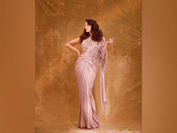 Nora Fatehi Stylish Looks