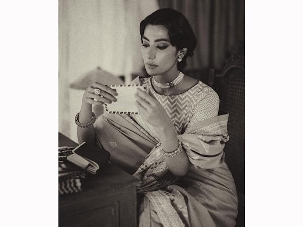 Zindagi Tamasha Actress Eman Suleman Leaves Us Awestruck With Her 40s Parsi Vintage Look; Sets Vintage Goals