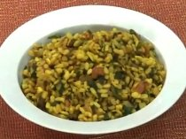 Special Urad Dal With Spinach Recipe