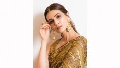 Kriti Sanon's Saree Looks On Her B'day