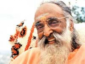 Nation Building Swami Chinmayananda
