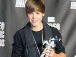Justin Bieber Fail Blog