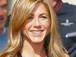 Jennifer Aniston New Love 060411 Aid