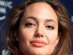 Angelina Jolie Kids Adoption 090511 Aid