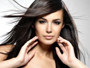 Top Six Hairstyles For Long Faces