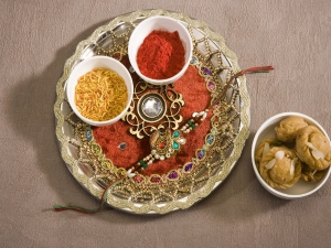 Thali Decoration Ideas For Raksha Bandhan