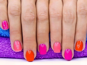 Mistakes You Make While Painting Your Nails