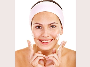 Easy Ways To Remove Dead Skin Cells From Face