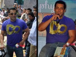 Bajrangi Bhaijaan Book Launch Salman Khan Being Human T Shirt