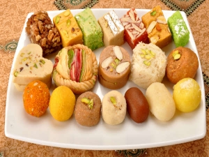Diet Mistakes We All Make During Diwali
