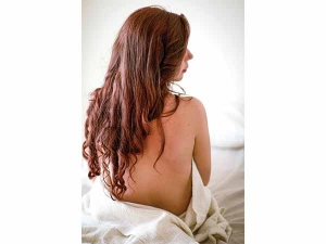 Seven Tea Rinses To Stimulate Hair Growth