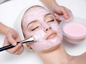 Seven Unknown Side Effects Of Getting Facials
