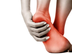 Home Remedies To Get Relief From Heel Pain Naturally
