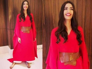 Sonam Kapoor Looks Check Out Her Latest Outfit
