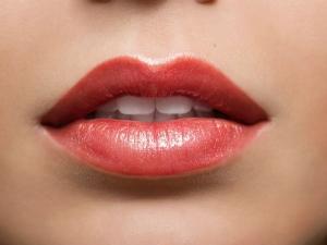 Seven Easy Diy Lip Balm Recipes