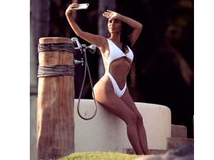 Kim Kardashian White Swimsuit Is Hottest Thing Youll See Today