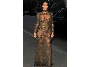 Kim Kardashian Flaunted Her Boobs And Broke The Internet