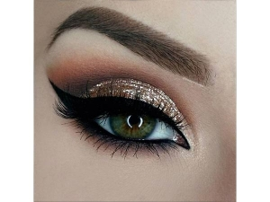 Easy Eye Makeup Looks For Diwali