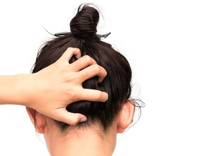 What To Do If You Have Dry Patches On Scalp
