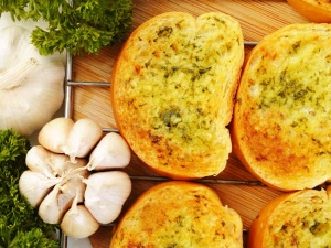Garlic Lemon Bread Toast Snack