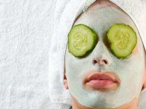 How To Apply A Cucumber Face Mask