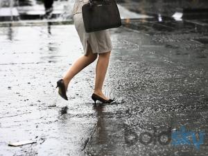 Best Footwear Tips For The Monsoon Season