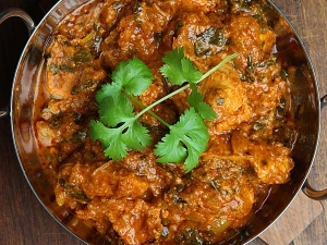 Easy Home Recipe For Chicken Chettinad