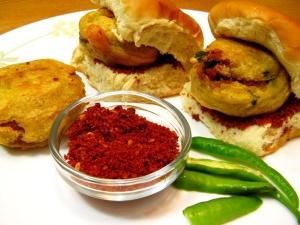 Vada Pav Ganesh Chaturthi Special Recipe