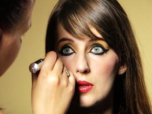 Egyptian Eye Makeup Tips For Young Girls