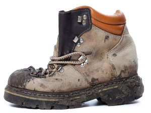 Tips To Remove Mud Stains From Shoes