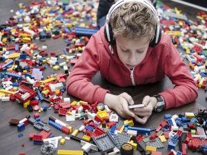 How Technology Spoils Kids