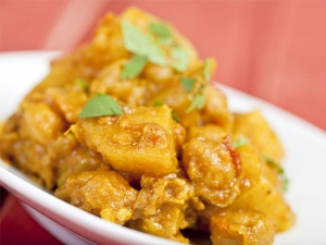 Easy And Quick Aloo Phujia