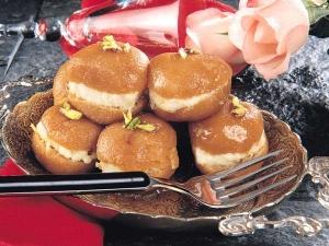 Vasant Panchami Special Bread Gulab Jamun Recipe