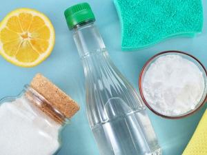 Top Ten Household Uses Of Lemon Oil