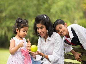 Five Ways To Get Your Kids Co Operate Be An Example Tell