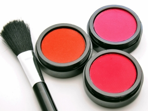 The Different Types Of Blushes To Try