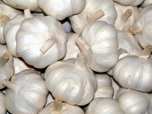 6 Ways To Consume Garlic And Reduce Blood Pressure