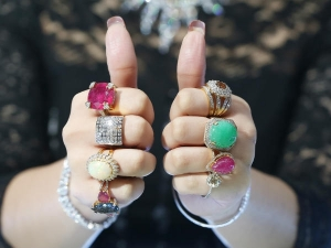 What Does Wearing A Ring On Each Finger Symbolise?