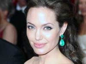Jolie Stunts Worry Dad