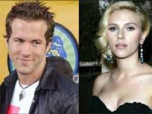 Ryan Reynolds Scarlett Spotted Together