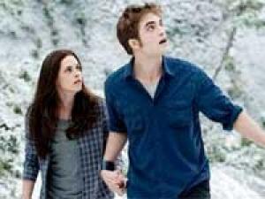 Robert Pattinson Lonely 240211 Aid