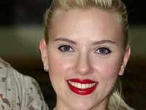 Scarlett Johansson Sean Penn Affair 220311 Aid