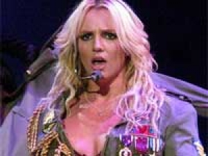 Britney Spears Sons 280311 Aid