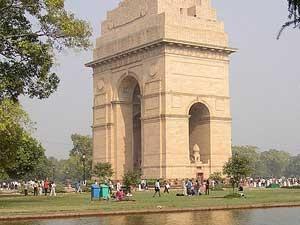 Tourist Sites India Family 170511 Aid