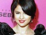 Selena Gomez Justin Bieber Happy 070611 Aid