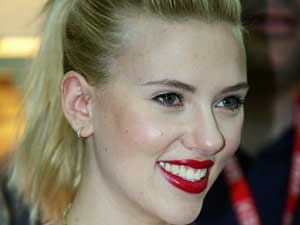 Scarlett Johansson Sean Breakup Reason 160611 Aid