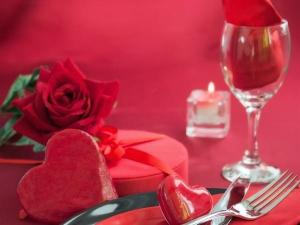 Romantic Dinner Date Table