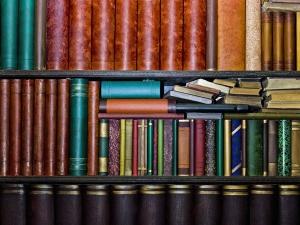 Creative Ideas To Arrange Bookshelf